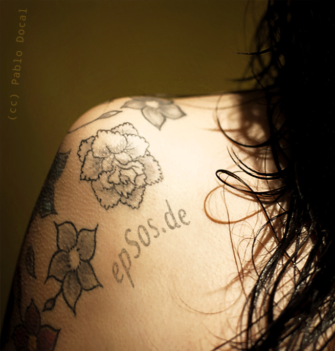 Best flowers idea for half shoulder tattoo designs of women.