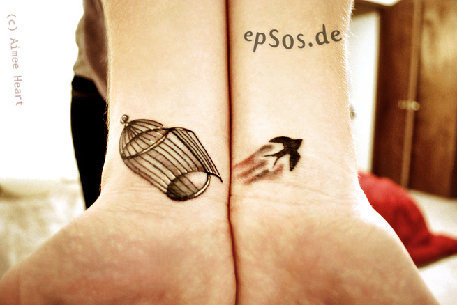 Best idea for small wrist tattoo designs for women.